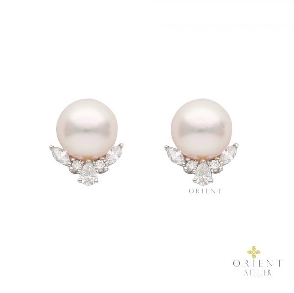 Zara Akoya Pearl Earrings by Orient Atelier