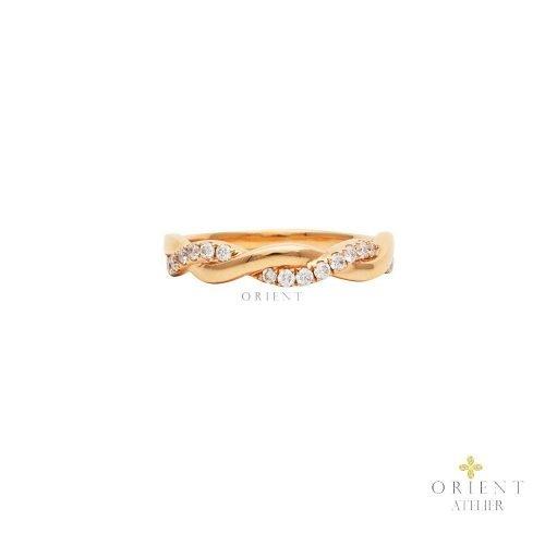 WR69 Diamond Rosé Entwine Ring
