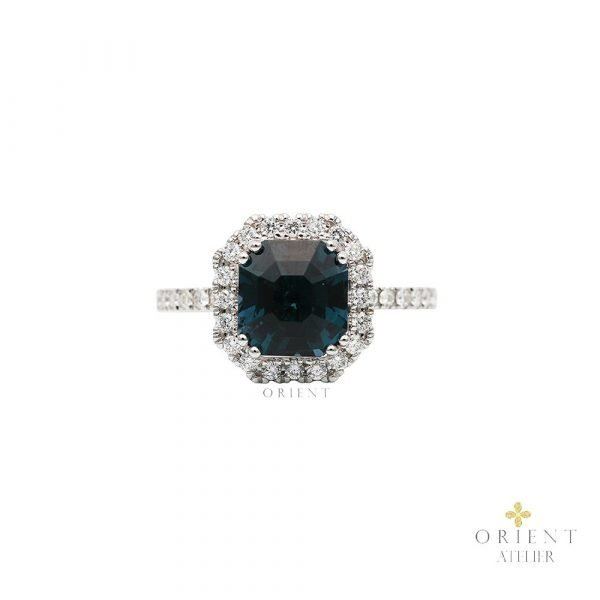 Spinel Lauren Ring