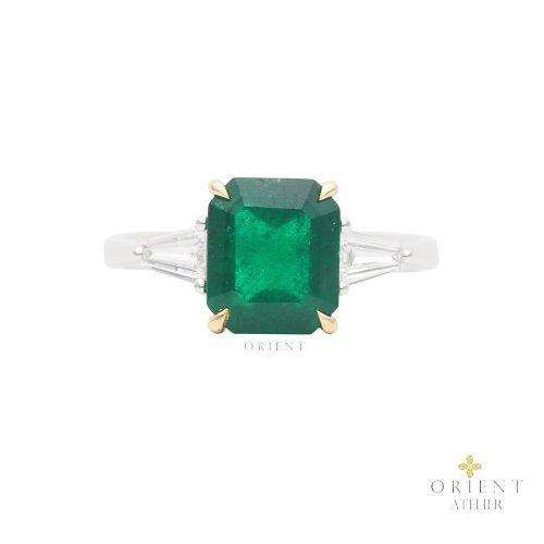 WR57 Orient Atelier Zambian Emerald Ring